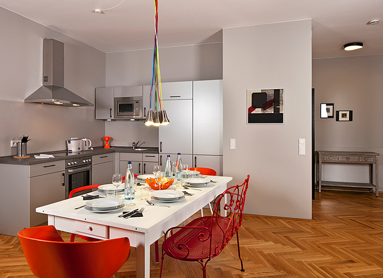 Photos of the Circus Apartments (Berlin) by Elan Fleisher / elanhotelpix.com